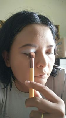 eco tools large eye contoh